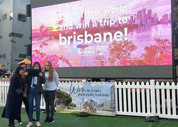 Digital Screens 15 for Experiential Marketing